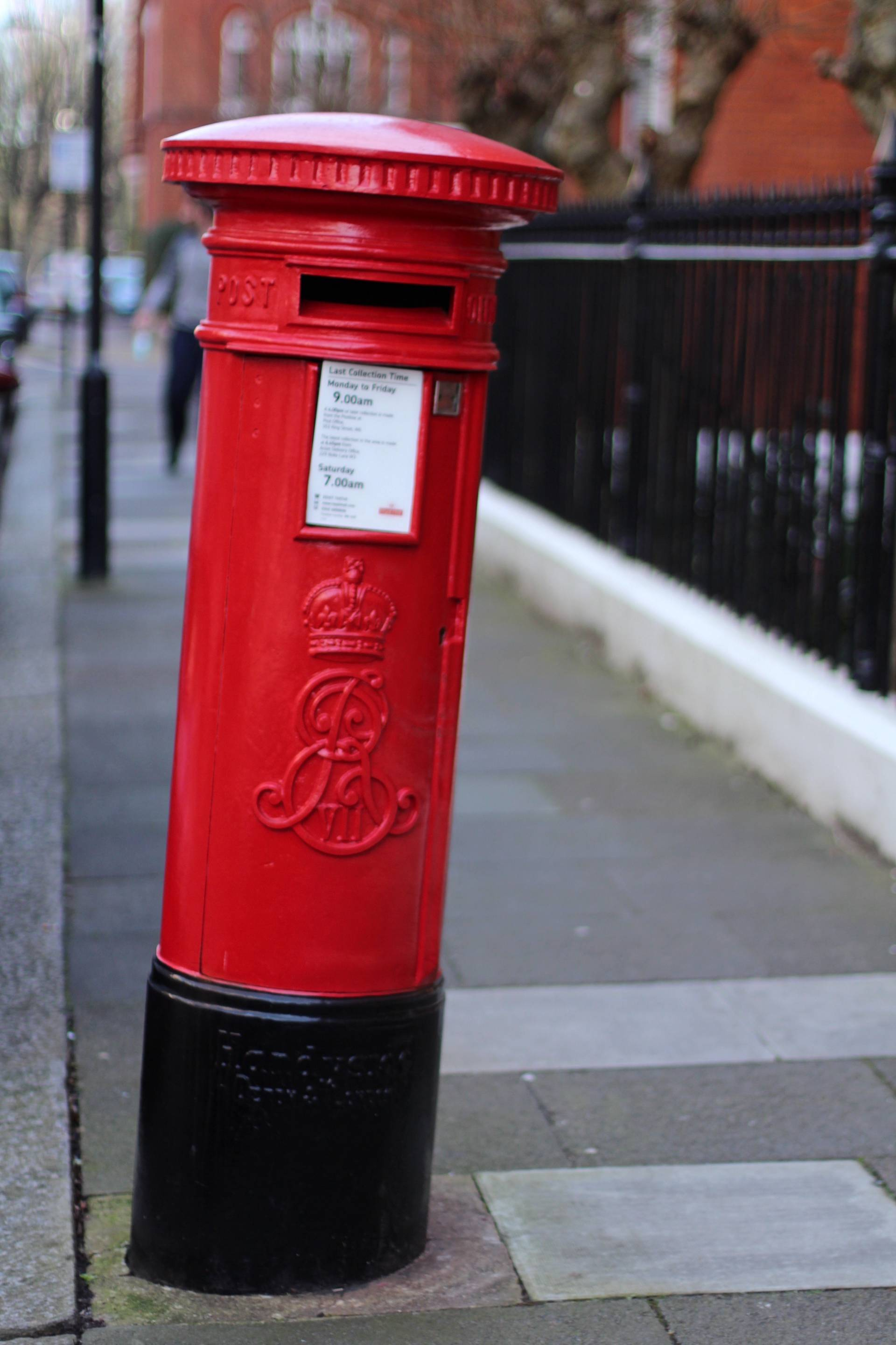 red london letter box
