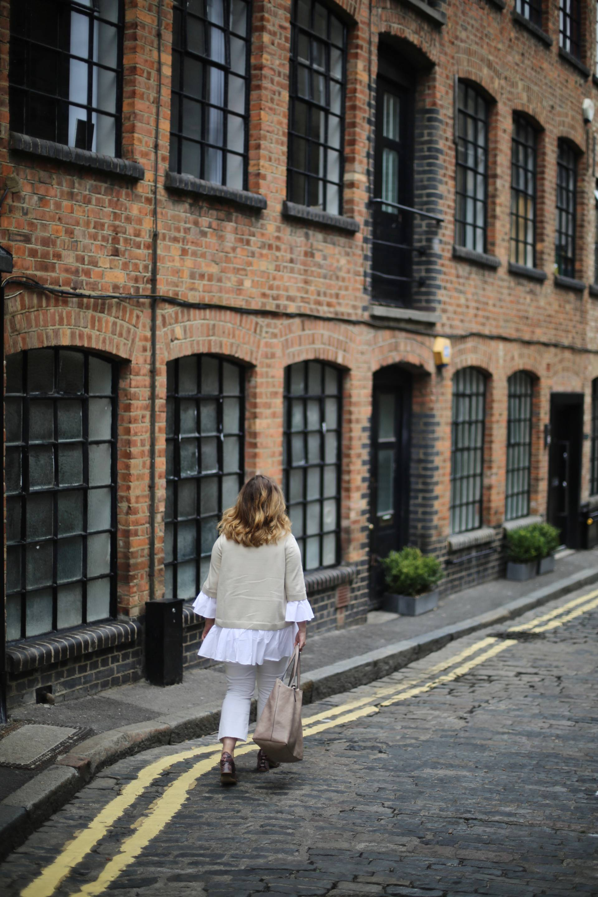 The perfect white jeans and how to style them